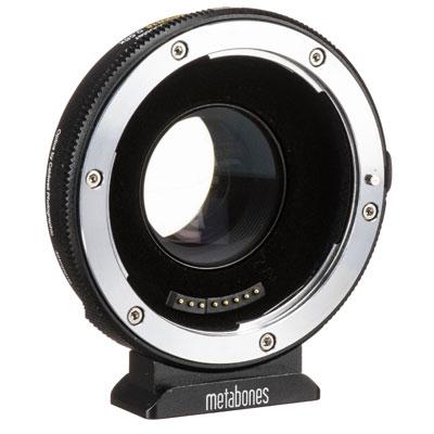Bei uns können Sie den Metabones EF auf MF Adapter mieten mieten.